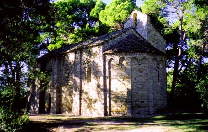 romanesque-church